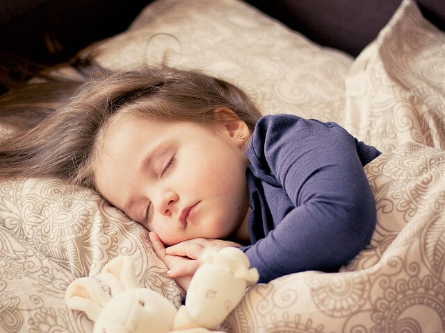 子どもが寝ないママをイライラから解放!2歳の娘が寝るようになった方法3つ